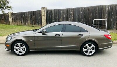 2012 Mercedes-Benz CLS-Class  CLS550 CLS 30K MILES SERVICED NEW TIRES ROOF KEYLESS AC SEATS HARMON IMMACULATE!
