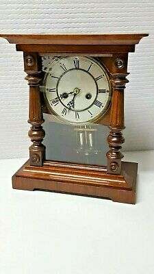 Junghans 8 Day Walnut Mantle or Shelf Clock Working order