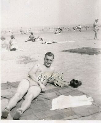 young swimsuit Man with his FEET in the camera* 1947 BEACH Photo
