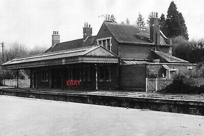Droxford Station Meon Valley Railway Hampshire Train Repro Old Photograph 1963