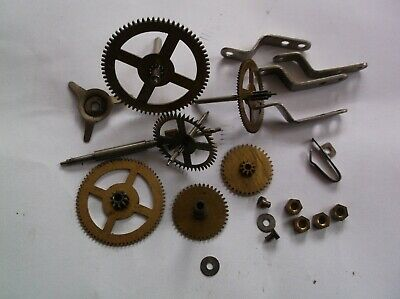 Cogs Etc  From An Old Small Mantle Clock  Ref Sm97