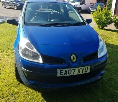 Renault Clio Extreme 1.2cc 3 door hatchback 2007 for spares or repair