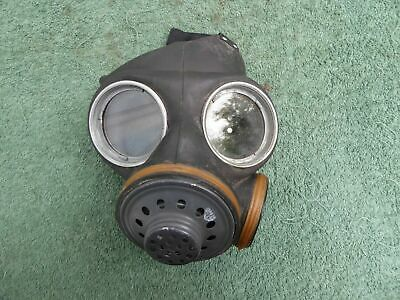 British Lightweight Gas Mask Airborne..dated 1952...lot E