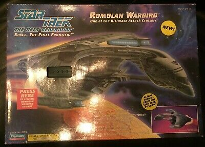 '93 Star Trek The Next Generation Electronic Romulan Warbird Playmates New!!