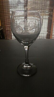 VINTAGE Arby's Frosted Etched Winter Christmas Trees - Gold Rim Wine Glass