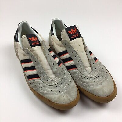 classic fit bb60d fda27 Rare Vintage 80s Adidas Indoor Courts Shoes Size 9 Tennis Style