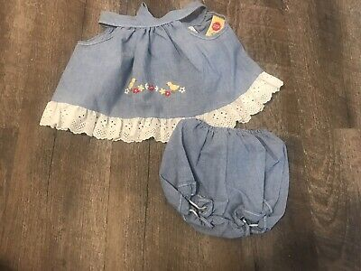 Vtg Baby Girl Outfit Open Back Ruffle Shirt and Bloomer Size 3 M Baby Chicks