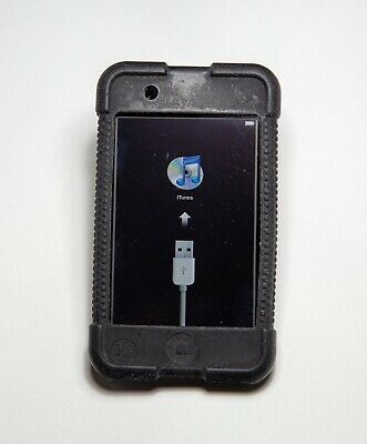 Apple iPod touch 1st Generation Black 16GB bundle which includes protective case