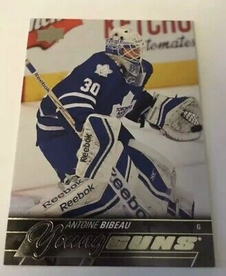 2015-16 Upper Deck Antoine Bibeau - Young Guns Rookie Card Toronto Maple Leafs