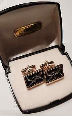 Aboriginal Motive Cuff Link Set Active Male with Boomerang