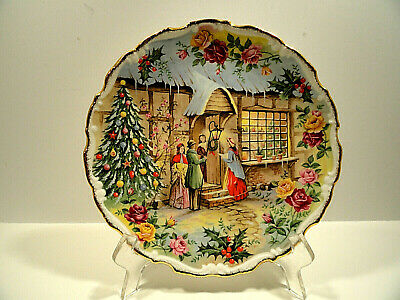 Royal Albert Old Country Roses Christmas Carol Singers Plate Fred Errill