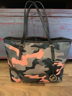 d8b22a7c4e64 Michael Kors JET SET Tote Bag Purse Army Green Poppy Orange Camo Camouflage  Rare
