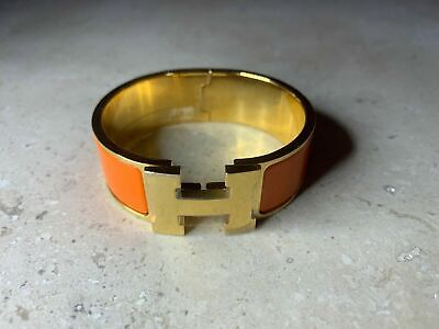 178e40f9fc34b1 AUTHENTIC HERMES ORANGE Enamel Yellow Gold Clic Clac H PM Bracelet ...