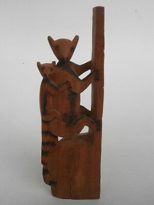 WOOD CARVING - Limur and Baby Limur
