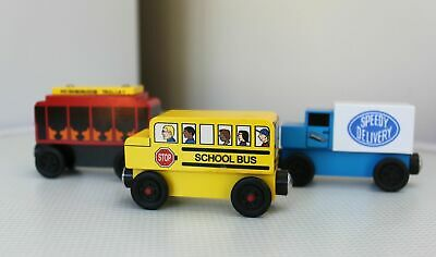 3 x MR. ROGERS COLLECTIBLE WOODEN TOYS TROLLEYS NEIGHBOURHOOD SCHOOL BUS TRUCK