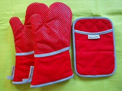 KitchenAid  2 Oven Gloves 1 Pot Holder  Red Silicone  New in Pack