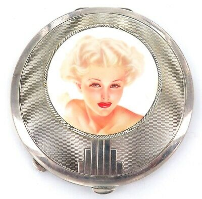 .1939 Absolutely Stunning / Glamourous English Sterling Silver Compact.