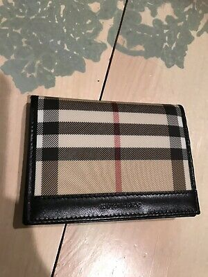Women s Authentic Burberry Nova Check Plaid Haymarket Bifold Wallet  Horseferry a19030030c9