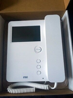 Urmet 1750/1 monitor 2Voice Colour Video Door Phone entry system With Bracket