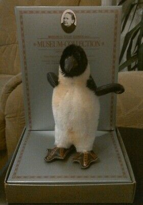 Steiff Museum Collection ... Pinguin