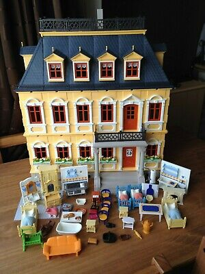 Playmobil Victorian Mansion House 5301 and furniture