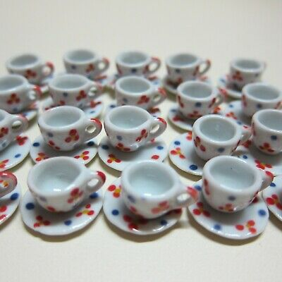 40 White Mini Coffee Cup /& Scalloped Plate Dollhouse Miniatures Kitchenware Food