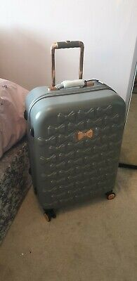 be43050ae Ted baker Bealisa, Bow, Medium Suitcase. Grey, with rose gold detailing