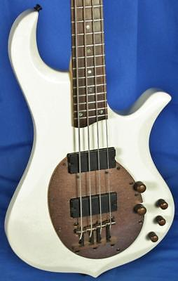 Traben Neo Active 4 String Electric Bass Guitar Aged White Finish w/ Bronze