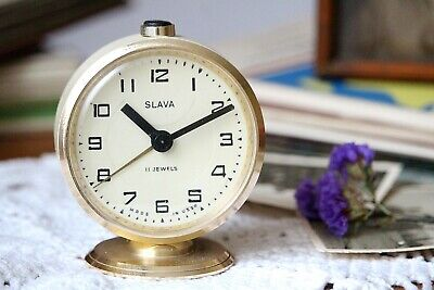 Alarm Clock Small Working Bedside Mechanical Wind Up Clock White Metal Clock
