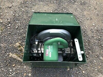 Hitachi CU9 Circular saw 240 volts with case and attachments 235mm blade