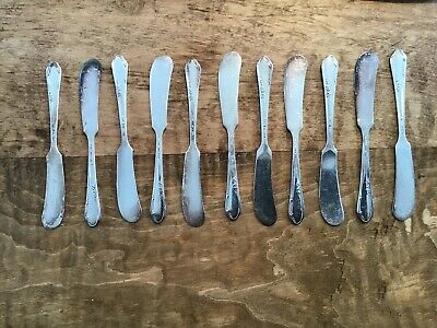 11 Meadowbrook/1881 Rogers Spreaders/Butter Knives Silver Plate Nice