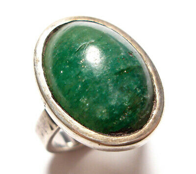 Beautiful Vintage Or Modern Silver Ring Set With A Green Stone