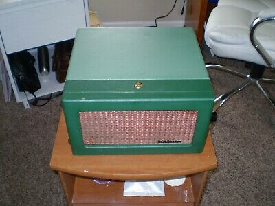 VINTAGE RCA 45rpm Record Player Model 6EY3B Works!!