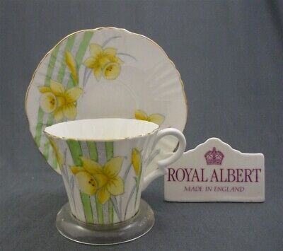 Royal Albert Crown China HAND PAINTED Yellow Daffodils ART DECO Tea Cup & Saucer