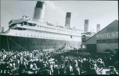 A scene from the film Titanic, 1997. - Vintage photo