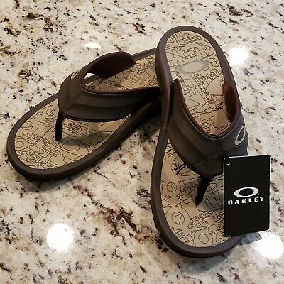 789211133305 Oakley SuperCoil 4 Slide Mens Sandals 101330DM-851 NWT No Box Brown Size 9