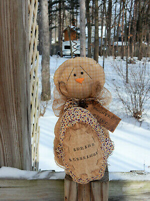FoLk Art PrimiTive sPriNg EasTer EGG CounTry CHICK DOLL Cupboard DecoraTion TaG