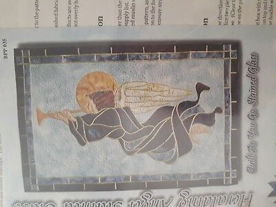 HERALDING ANGEL STAINED GLASS APPLIQUE QUILT PATTERN by BEAR PAW