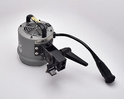 Dynalite 2040 2000ws Fan Cooled Flash Head with Modeling Light (#4006)