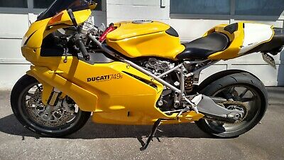 2004 Ducati Superbike  2004 Ducati 749s clean and ready to ride NO RESERVE 749 S