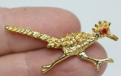 0d1b80cf75ee Vintage Gold Tone Figural Roadrunner Bird Brooch Pin Red Rhinestone Eye  BR599