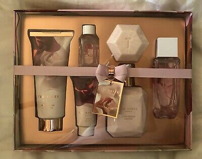 ea947665a2556 BNIB Brand New Ted Baker London Bathed In Roses Collection Blush Pink Gift  Set