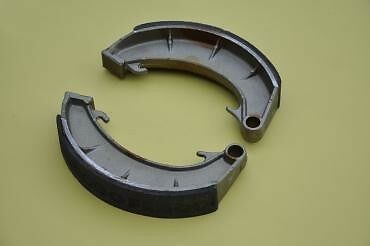 "Norton Commando Brake Shoes 8"" TLS Brake 06-0006 Ferodo"