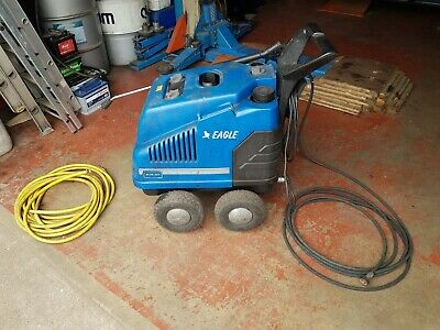 Hot water Vehicle Pressure washer, diesel heated with detergent fluid tank.