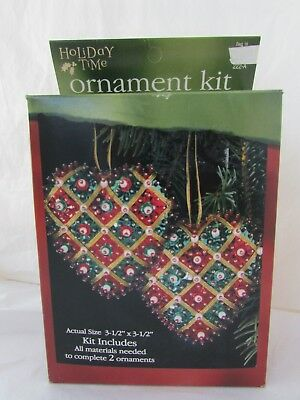 Sulyn Industries Warm Hearts Holiday Time Red Green Beaded Heart Ornament Kit