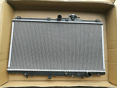 DESTOCKAGE ! Radiateur HONDA ACCORD PRELUDE Nissens 62258