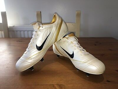 d441ff7e1 Nike Pace Vapor II SG UK10 Mens Football Boots Studded Trainers White