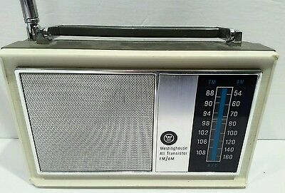 "Vintage Westinghouse All 9 Transistor AM/FM Radio with 24 1/2"" antenna works"