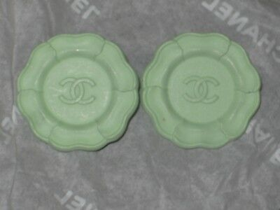 CHANEL AUTH. 2 CC LOGO FRONT MINT GREEN  BUTTONS   22 MM /  1''  NEW lot 2