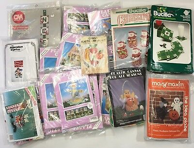 Huge Lot 22 Plastic Canvas Kits Christmas Easter Halloween Crafts Decor
